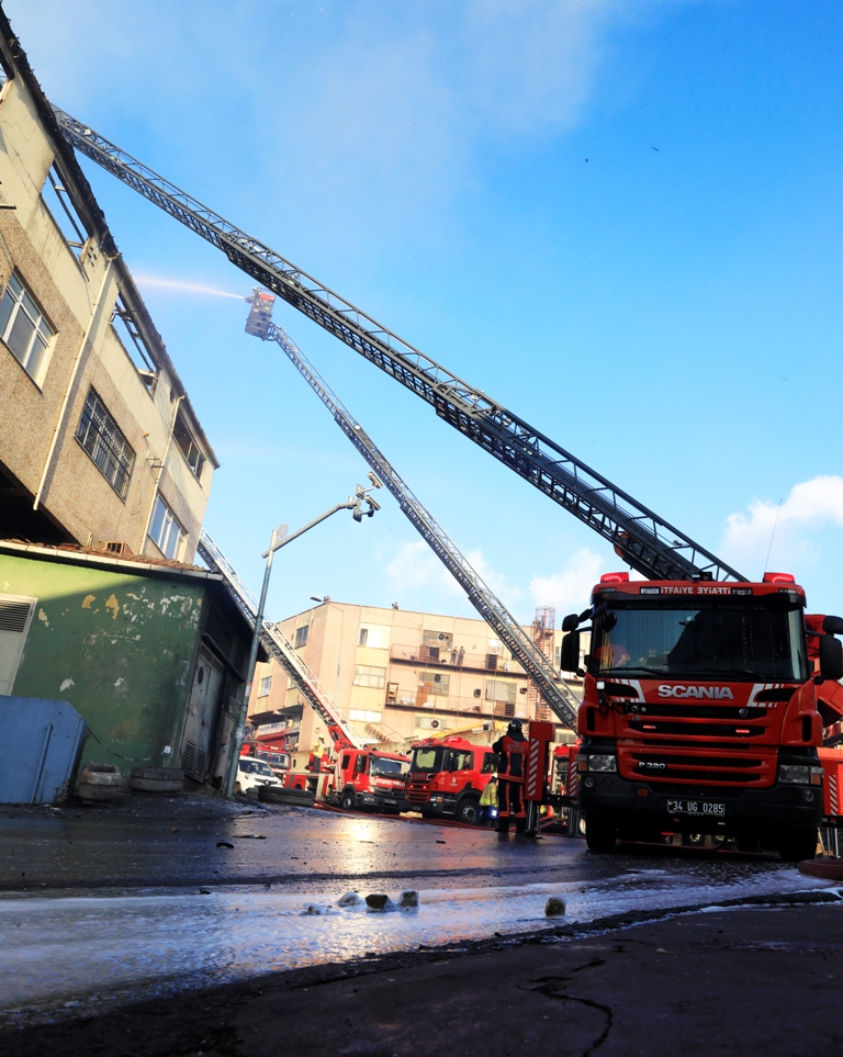 Workplace fire in Bayrampaşa - News - Istanbul Fire Department