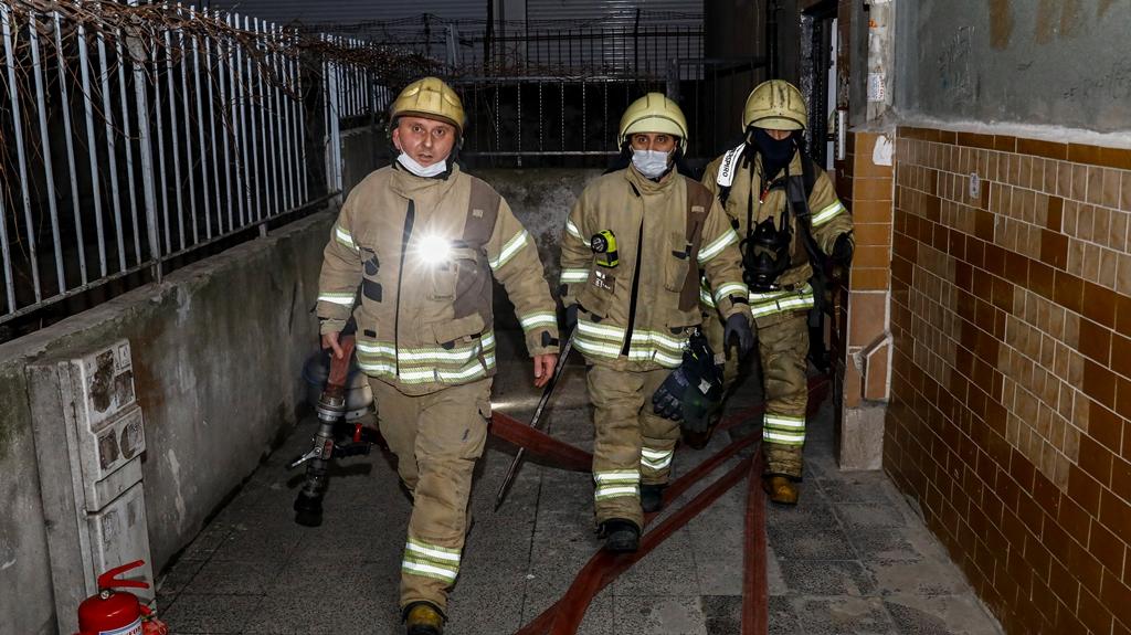 Güngörende daire yangını - Haberler - İstanbul İtfaiyesi