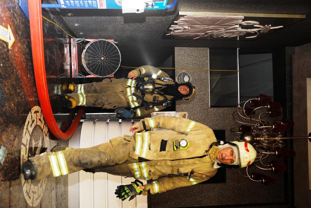 Fatihte otel yangını - Haberler - İstanbul İtfaiyesi