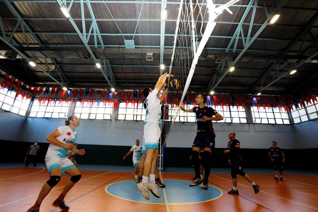 Avrupa Yakası İtfaiye Müdürlüğü voleybol turnuvası şampiyonu belli oldu - Haberler - İstanbul İtfaiyesi